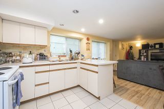Photo 14: 2768 PANDORA Street in Vancouver: Hastings East House for sale (Vancouver East)  : MLS®# R2302425