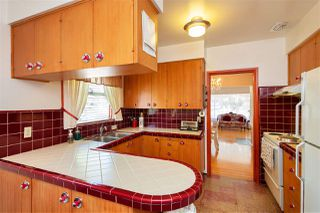 Photo 7: 304 E 45TH Avenue in Vancouver: Main House for sale (Vancouver East)  : MLS®# R2304768