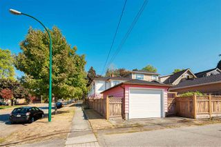 Photo 17: 304 E 45TH Avenue in Vancouver: Main House for sale (Vancouver East)  : MLS®# R2304768