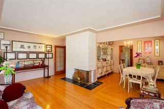 Photo 3: 304 E 45TH Avenue in Vancouver: Main House for sale (Vancouver East)  : MLS®# R2304768