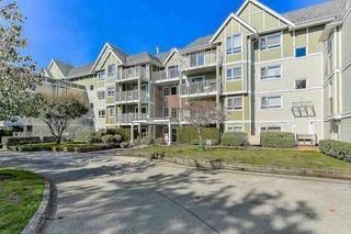 "Photo 1: 401 20189 54 Avenue in Langley: Langley City Condo for sale in ""CATALINA GARDENS"" : MLS®# R2310596"