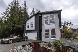 Photo 2: 1014 Golden Spire Cres in VICTORIA: La Olympic View Single Family Detached for sale (Langford)  : MLS®# 800704