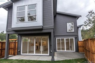 Photo 12: 1014 Golden Spire Cres in VICTORIA: La Olympic View Single Family Detached for sale (Langford)  : MLS®# 800704