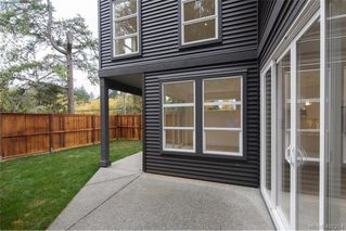 Photo 11: 1014 Golden Spire Crescent in VICTORIA: La Olympic View Single Family Detached for sale (Langford)  : MLS®# 401254