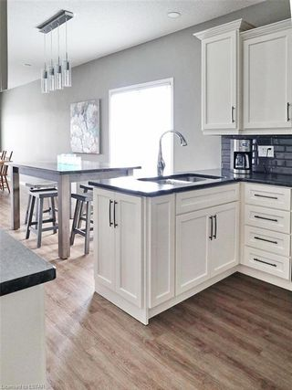 Photo 9: 39 681 W COMMISSIONERS Road in London: South C Residential for sale (South)  : MLS®# 165587