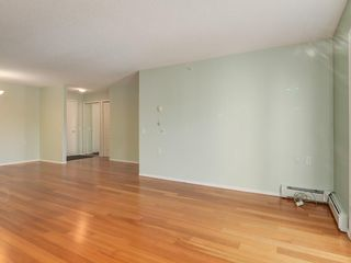 Photo 7: 420 5000 SOMERVALE Court SW in Calgary: Somerset Apartment for sale : MLS®# C4221237