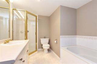"Photo 10: 1306 719 PRINCESS Street in New Westminster: Uptown NW Condo for sale in ""STIRLING PLACE"" : MLS®# R2336086"