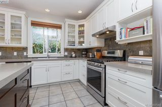 Photo 12: 1165 Chapman Street in VICTORIA: Vi Fairfield West Single Family Detached for sale (Victoria)  : MLS®# 407540