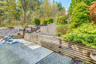 Photo 4: 2770 NADINA Drive in Coquitlam: Coquitlam East House for sale : MLS®# R2358619