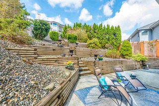 Photo 5: 2770 NADINA Drive in Coquitlam: Coquitlam East House for sale : MLS®# R2358619