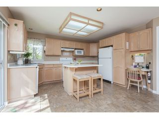Photo 6: 13682 90 Avenue in Surrey: Bear Creek Green Timbers House for sale : MLS®# R2359509