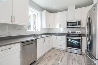 Photo 6: 104 817 Arncote Ave in VICTORIA: La Langford Proper Row/Townhouse for sale (Langford)  : MLS®# 814614
