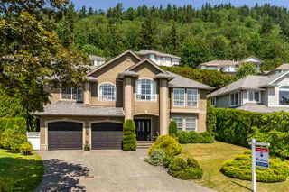 "Main Photo: 36221 CASSANDRA Drive in Abbotsford: Abbotsford East House for sale in ""Carrington Estates"" : MLS®# R2375445"
