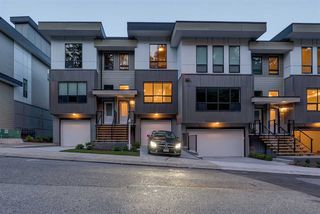 "Photo 2: 9 36130 WATERLEAF Place in Abbotsford: Abbotsford East Townhouse for sale in ""Vantage South"" : MLS®# R2375309"