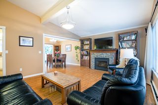 Photo 3: 859 PAISLEY Avenue in Port Coquitlam: Lincoln Park PQ House for sale : MLS®# R2386321