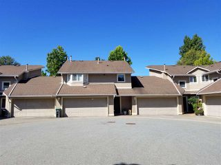 "Main Photo: 25 16128 86 Avenue in Surrey: Fleetwood Tynehead Townhouse for sale in ""Parc Seville"" : MLS®# R2401545"