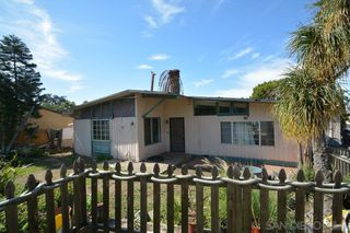 Main Photo: SPRING VALLEY House for sale : 3 bedrooms : 9103 Valencia St