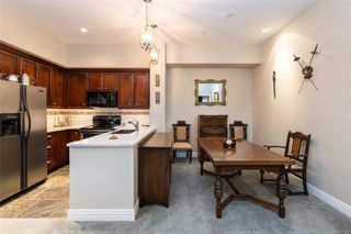 Photo 5: 404 1335 Bear Mountain Pkwy in : La Bear Mountain Condo for sale (Langford)  : MLS®# 855329