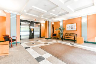 "Photo 4: 908 5288 MELBOURNE Street in Vancouver: Collingwood VE Condo for sale in ""EMERALD PARK PLACE"" (Vancouver East)  : MLS®# R2498733"