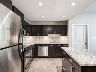 Photo 6: 2101 77 SPRUCE Place SW in Calgary: Spruce Cliff Apartment for sale : MLS®# A1056300