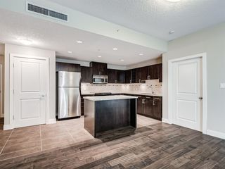 Photo 7: 2101 77 SPRUCE Place SW in Calgary: Spruce Cliff Apartment for sale : MLS®# A1056300