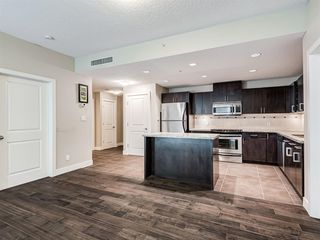 Photo 8: 2101 77 SPRUCE Place SW in Calgary: Spruce Cliff Apartment for sale : MLS®# A1056300