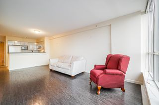 """Photo 15: 626 6028 WILLINGDON AVENUE Avenue in Burnaby: Metrotown Condo for sale in """"Residences at the Crystal"""" (Burnaby South)  : MLS®# R2526480"""