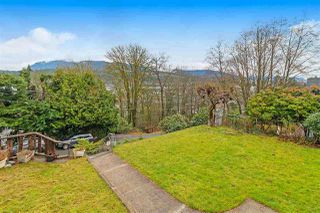 Photo 5: 2337 ST GEORGE Street in Port Moody: Port Moody Centre House for sale : MLS®# R2528056