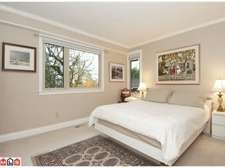 """Photo 5: 17385 HILLVIEW Place in Surrey: Grandview Surrey House for sale in """"COUNTRY WOODS"""" (South Surrey White Rock)  : MLS®# F1104130"""