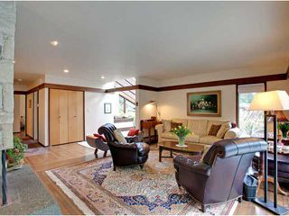 Photo 4: 978 BELVEDERE Drive in North Vancouver: Canyon Heights NV House for sale : MLS®# V876359