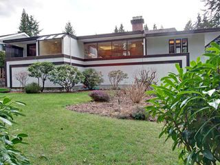 Photo 2: 978 BELVEDERE Drive in North Vancouver: Canyon Heights NV House for sale : MLS®# V876359