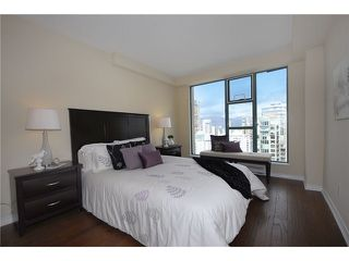 "Photo 6: 3304 939 HOMER Street in Vancouver: Yaletown Condo for sale in ""PINNACLE"" (Vancouver West)  : MLS®# V896770"