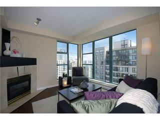 "Photo 3: 3304 939 HOMER Street in Vancouver: Yaletown Condo for sale in ""PINNACLE"" (Vancouver West)  : MLS®# V896770"