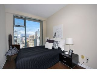 "Photo 8: 3304 939 HOMER Street in Vancouver: Yaletown Condo for sale in ""PINNACLE"" (Vancouver West)  : MLS®# V896770"