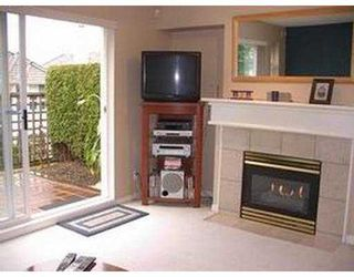 "Photo 5: 140 1408 CARTIER AV in Coquitlam: Maillardville Townhouse for sale in ""LA GALERIE"" : MLS®# V580979"