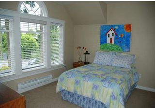 Photo 8: 1359 FOSTER ST in White Rock: House for sale : MLS®# F1016652