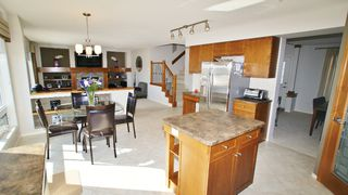 Photo 10: 87 John Mann Place in Winnipeg: North Kildonan Residential for sale (North East Winnipeg)  : MLS®# 1203969