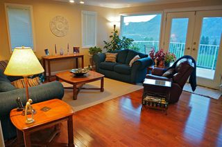Photo 6: 2150 Skeena Drive in Kamloops: Juniper Heights Residential Detached for sale : MLS®# 111488