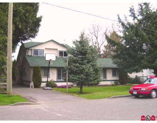Photo 1: 9458 MENZIES ST in Chilliwack: Chilliwack E Young-Yale Duplex for sale : MLS®# H2601344