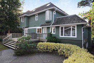 Photo 2: 4152 MAPLE Crescent in Vancouver West: Quilchena Home for sale ()  : MLS®# V868168