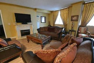 Photo 4: 9225 Jane St in Vaughan: Maple Bellaria Condo for sale Marie Commisso