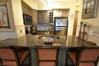 Photo 2: 9225 Jane St in Vaughan: Maple Bellaria Condo for sale Marie Commisso