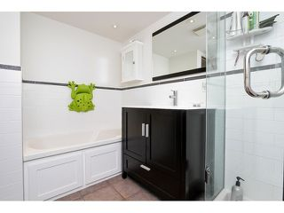 "Photo 16: 203 657 W 7TH Avenue in Vancouver: Fairview VW Townhouse for sale in ""THE IVY'S"" (Vancouver West)  : MLS®# V1059646"