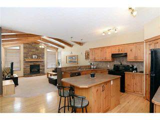 Photo 7: 34 NEW BRIGHTON Circle SE in CALGARY: New Brighton Residential Detached Single Family for sale (Calgary)  : MLS®# C3615975