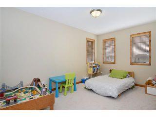 Photo 15: 34 NEW BRIGHTON Circle SE in CALGARY: New Brighton Residential Detached Single Family for sale (Calgary)  : MLS®# C3615975