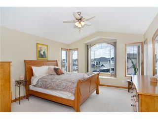 Photo 10: 34 NEW BRIGHTON Circle SE in CALGARY: New Brighton Residential Detached Single Family for sale (Calgary)  : MLS®# C3615975