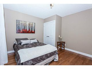 Photo 8: 16 ARBOUR Crescent SE in Calgary: Acadia Residential Detached Single Family for sale : MLS®# C3640251
