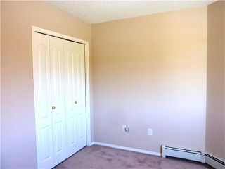 Photo 8: 406 20 SIERRA MORENA Mews SW in Calgary: Richmond Hill Condo for sale : MLS®# C3643839