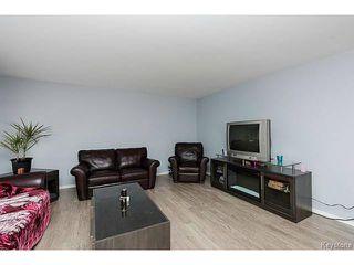 Photo 3: 404 Morris Avenue in SELKIRK: City of Selkirk Residential for sale (Winnipeg area)  : MLS®# 1501847
