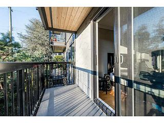 "Photo 5: 201 2770 BURRARD Street in Vancouver: Fairview VW Condo for sale in ""El Burrardo"" (Vancouver West)  : MLS®# V1107446"